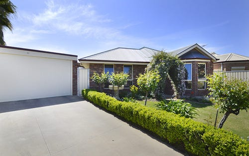 11 Rosedale Court, Buronga NSW 2739