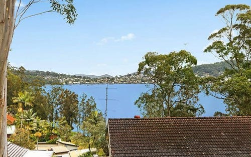 12 Lexington Parade, Green Point NSW 2251