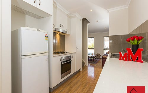 8/2 Belconnen Way, Page ACT 2614