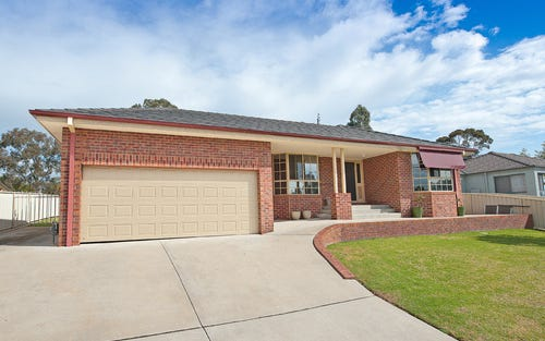 39 Dunne Crescent, Thurgoona NSW 2640