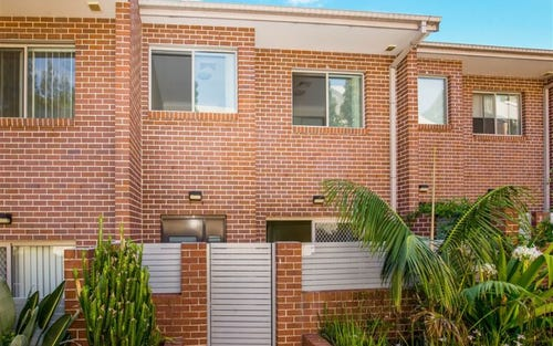 8/107 - 111 Adderton Road, Telopea NSW 2117
