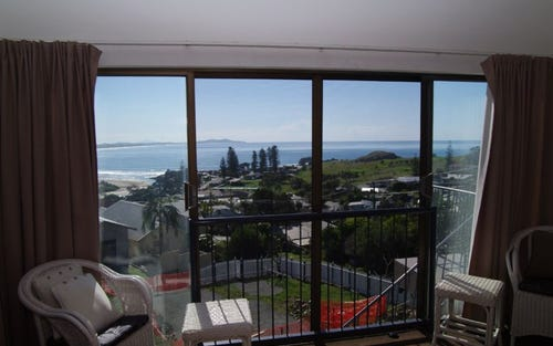 2 View Street, Crescent Head NSW 2440