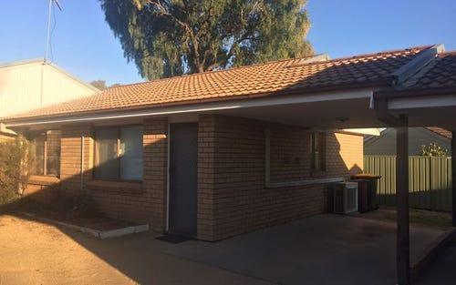 13C Coolabah Crescent, Cowra NSW