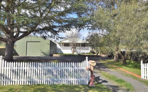 53 Blackett Avenue, Young NSW 2594
