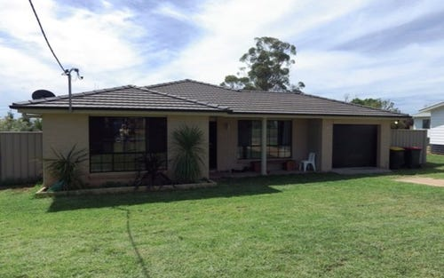 19 Preston Street, Canowindra NSW 2804