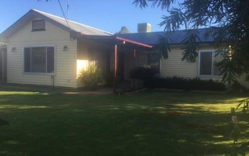 33 TURORA Street, Moulamein NSW 2733
