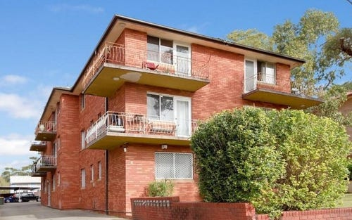 4/8 Calliope Street, Guildford NSW 2161