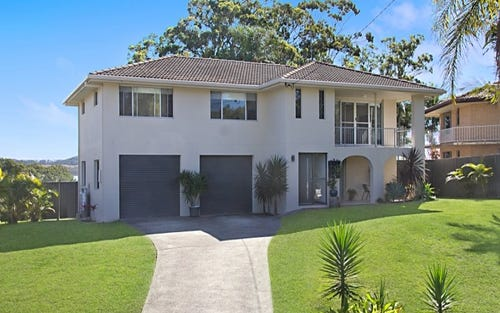 15 Anconia Ave, Tweed Heads West NSW 2485