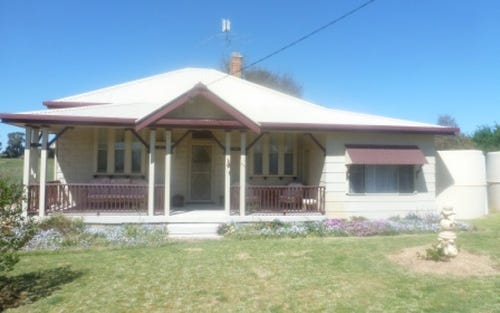 19 Ballyryan Road, Boorowa NSW 2586