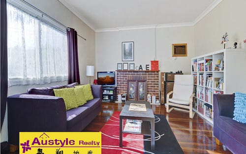 81 Clarke Rd, Hornsby NSW 2077