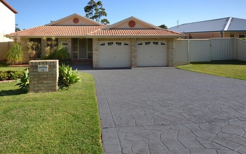 24 Stott Crescent, Callala Bay NSW 2540