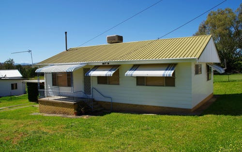 16 Bank Lane, Quirindi NSW 2343