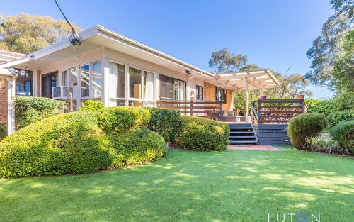 6 Downer Place, Kambah ACT
