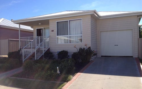 2 Saliena Ave, Lake Munmorah NSW 2259