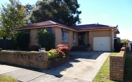 300 Peisley Street, Bletchington NSW 2800