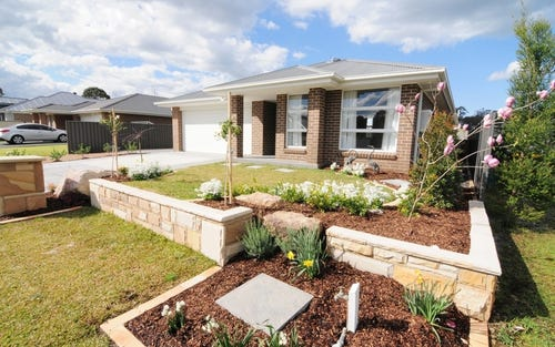 6 Somerset Avenue, South Nowra NSW 2541