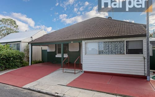 139 Wilson St, Carrington NSW 2294