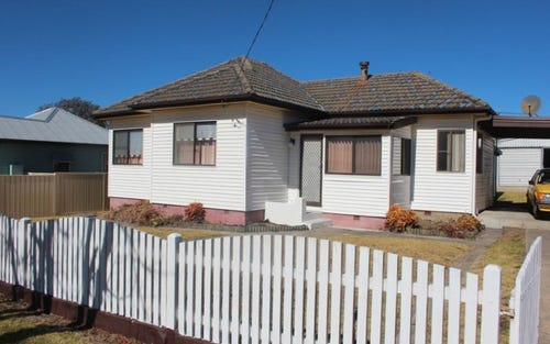 21 High Street, Tenterfield NSW 2372