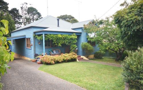 3 Waratah Street, Katoomba NSW