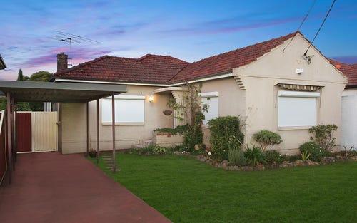 4 Bykool Av, Kingsgrove NSW 2208