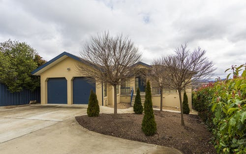 9 Robinia Place, Jerrabomberra NSW 2619