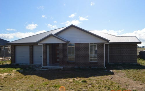 5 Kidd Circuit, Goulburn NSW 2580