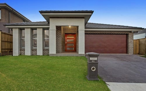 43 Burringoa Crescent, Colebee NSW 2761