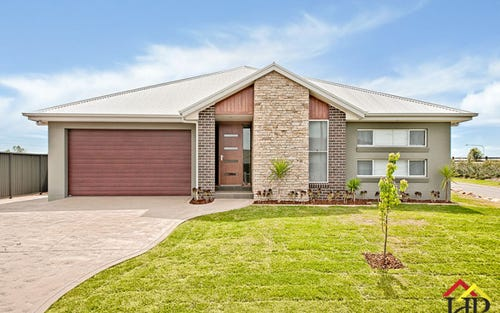 63 Foley Circuit, Harrington Park NSW 2567