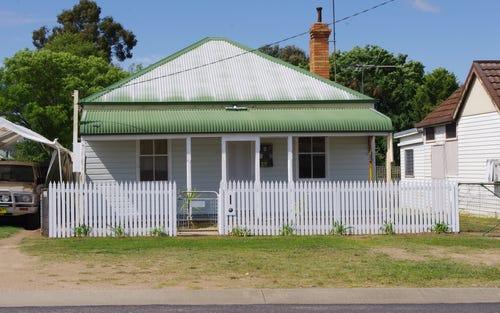 16 Medora Street, Inverell NSW