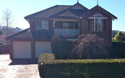 4 Lilac Avenue, Bowral NSW 2576
