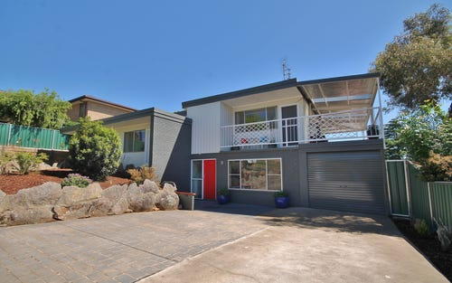 9 Earl St, Young NSW 2594