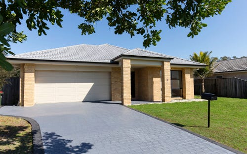 8 Coolabah Close, Tea Gardens NSW 2324