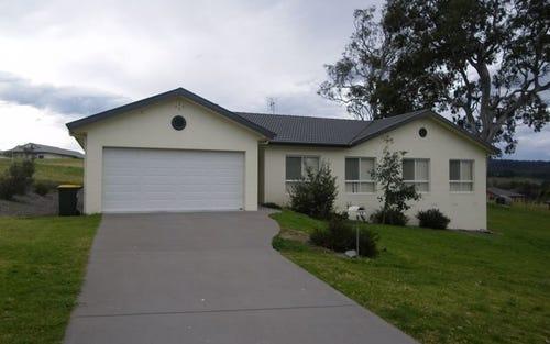 11 Glen Mia Drive, Bega NSW