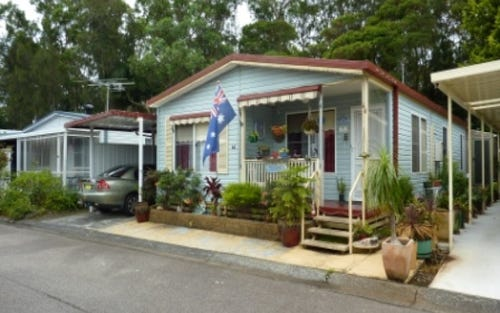 44 Second Avenue, Broadlands Estate, Green Point NSW 2251