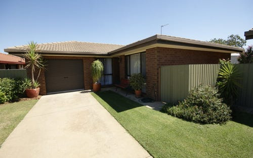 2/433 Wood St, Deniliquin NSW 2710
