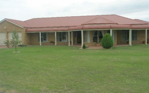 78 Racecourse Road, Cootamundra NSW 2590