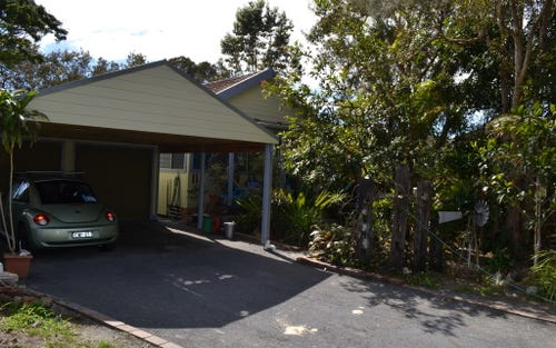 11 Simpson Street, South West Rocks NSW