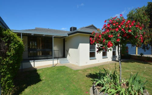 2 Gemstone Place, West Albury NSW 2640