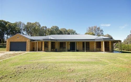 238 Kerrs Road, Wirlinga NSW 2640
