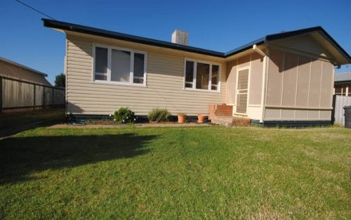 6 Lander Street, Darlington Point NSW 2706