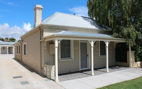 166 Piper Street, Bathurst NSW 2795