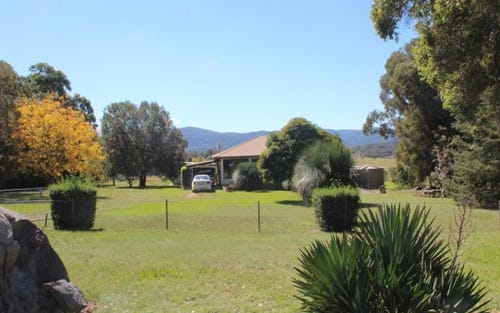 166 Homestead Road, Bryans Gap NSW 2372