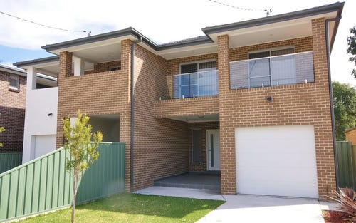 2b Laundess Ave, Panania NSW