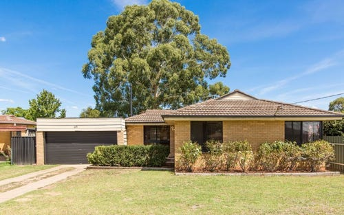 444 Lake Albert Road, Lake Albert NSW