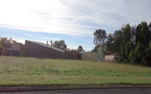 16 Queen Elizabeth Drive, Armidale NSW 2350