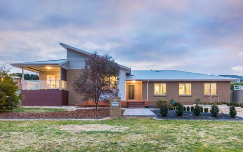 22 Simms Dr, Bungendore NSW 2621