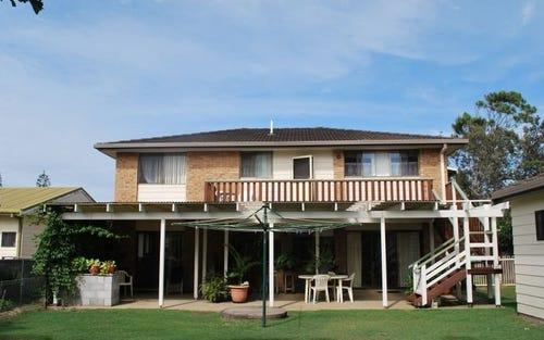 4 Azalea Avenue, Mylestom NSW 2454