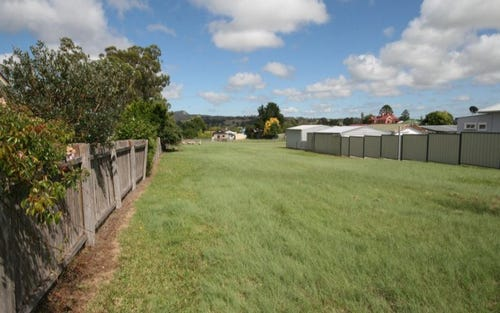 46 Logan, Tenterfield NSW 2372