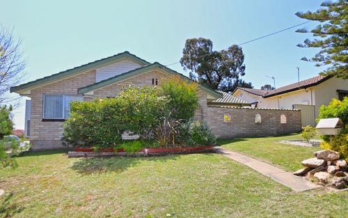 2 Malumba Crescent, Kooringal NSW 2650