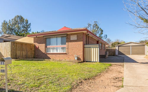 11 Saywell Place, Charnwood ACT